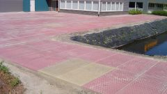 Coloured concrete slabs